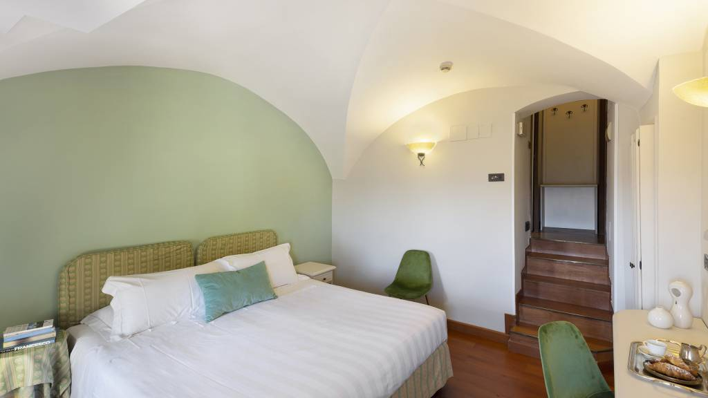 Fontebella-Palace-Hotel-Assisi-classic-room-valley-view-103dblclassicvvDONI2856