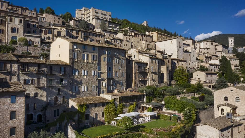 Fontebella-Palace-Hotel-Assisi-exterior-1
