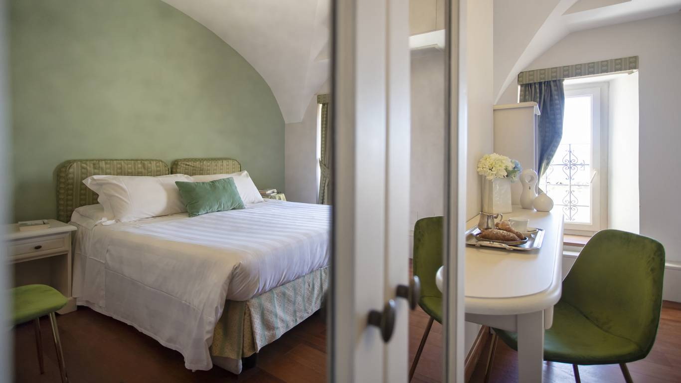 Fontebella-Palace-Hotel-Assisi-classic-room-103dbclassicPPME4539