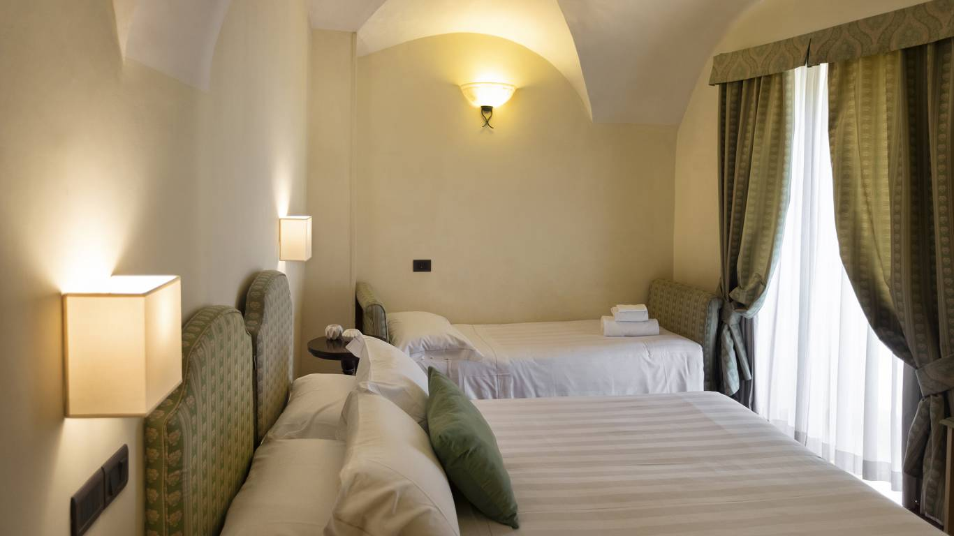 Fontebella-Palace-Hotel-Assisi-room-201tplclavvPPME4552