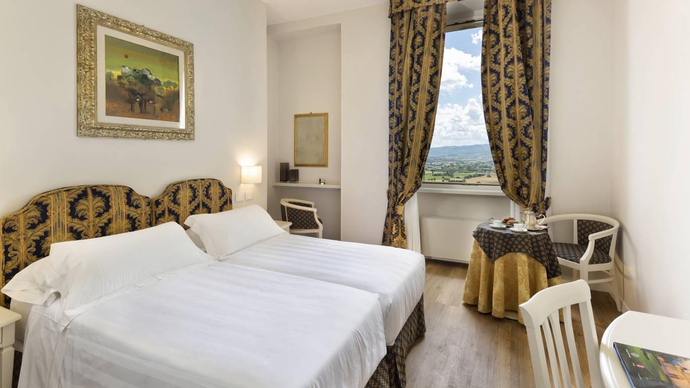 Fontebella-Palace-Hotel-Assisi-suite-505dblsupvvDONI2583