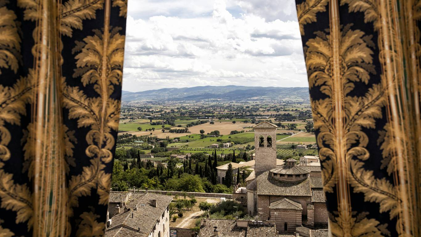 Fontebella-Palace-Hotel-Assisi-suite-panorama-507suitePPME4331