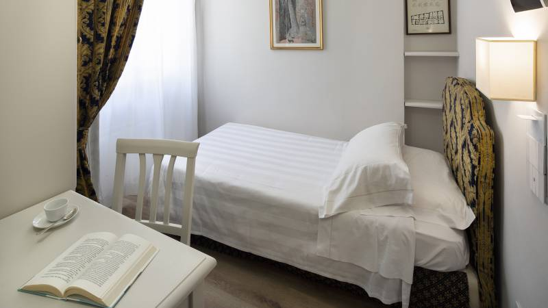 Fontebella-Palace-Hotel-Assisi-single-room-510singocDONI2642
